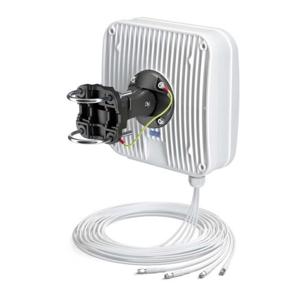 Antena LTE MIMO QuPanel 4×4